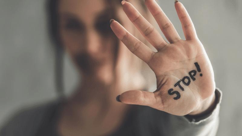 Violenza contro le donne: il Dipartimento delle Pari Opportunità stanzia 10 milioni di Euro per un bando antiviolenza